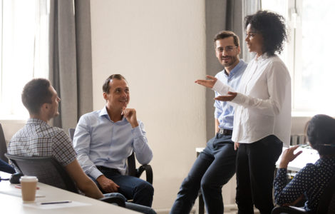 Como os times de vendas de pequenas e médias empresas podem atuar com mais empatia?