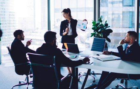 Internalizar ou contratar uma consultoria experiente?